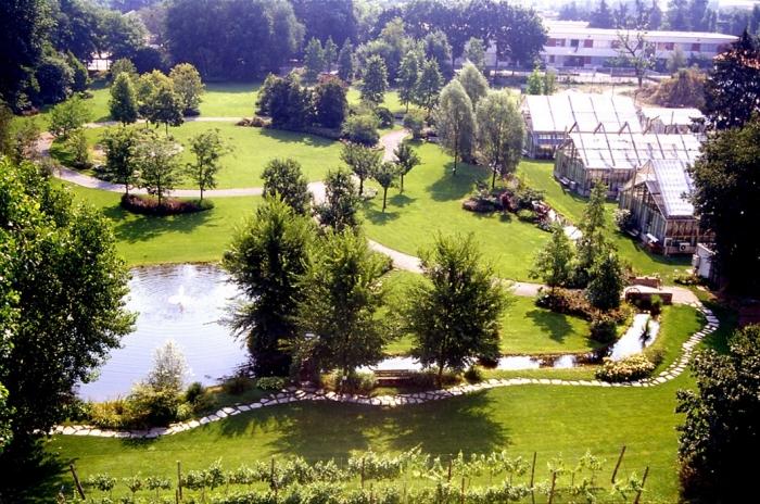 Visita guidata l 39 orto botanico citt studi alla cascina for Giardino botanico milano