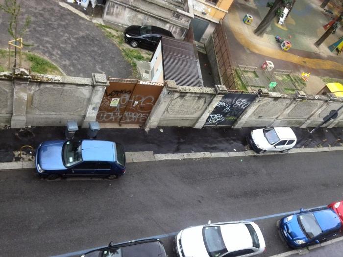 auto sulla destra